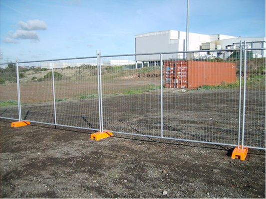 Hot Dipped Galvanized Temporary Chain Link Fence Panels Low Carbon Steel