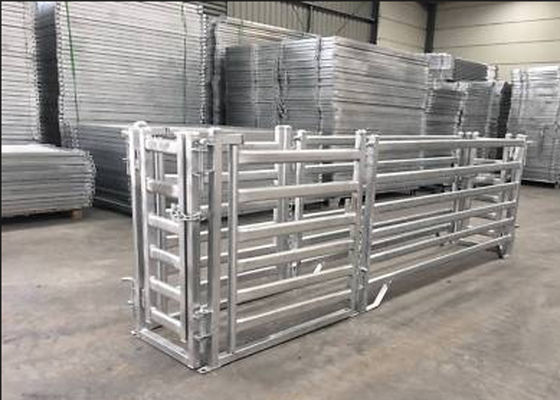 China Hot Dipped Galvanized Cattle Corral Panels Customized Sizes / Colors Available supplier