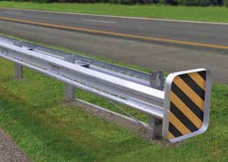 China Bridge Road Highway Guard Rail Galvanized / Powder Coated Ultraviolet Proof supplier