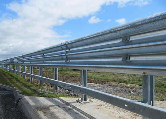 Heavy Duty Highway Guard Rail Parking Lots Fence For Road Easy Installation