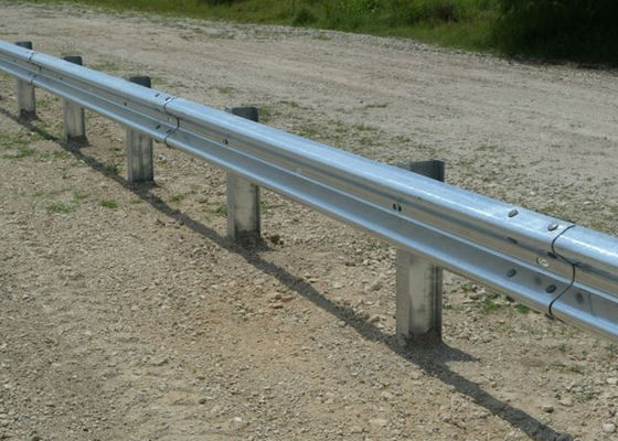China Customized Traffic Guard Rails , Highway Crash Barrier With Protective Coating Layer supplier