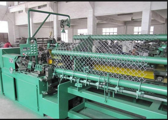 China 3M Width Chain Link Machine For Highway Guard / Railway Anti Corrosion supplier