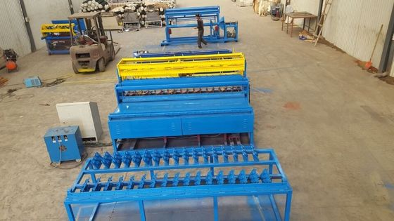 China PLC Control Welded Mesh Machine Mesh Making Machine 2.3mm-4.0mm Wire Diameter supplier