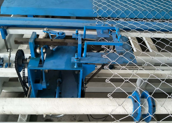 China High Performance Fencing Net Making Machine 8.5kw 1.8-4.0mm Wire Dia supplier