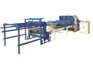 China Professional Fence Mesh Welding Machine / Wire Netting Machine 2.5m Width supplier