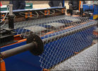 China Double Wire Fully Automatic Chain Link Machine Diamond Wire Mesh Machine Serve Motor factory