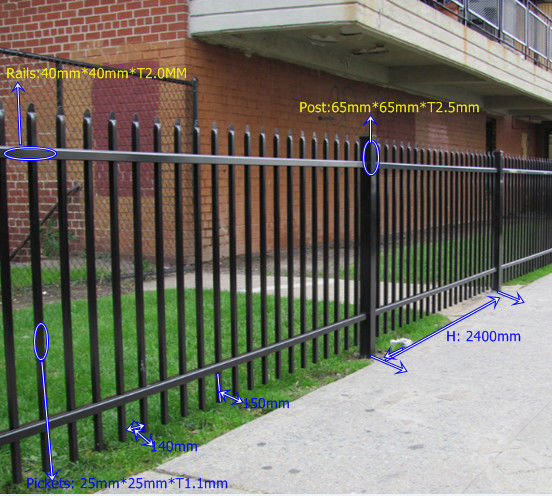 China Multi Function Black Steel Fence Garden Fencing For Park Apartment Supplier
