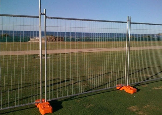 China Temporary Security Fence Panels , Building Site Fencing 2.4m Length factory