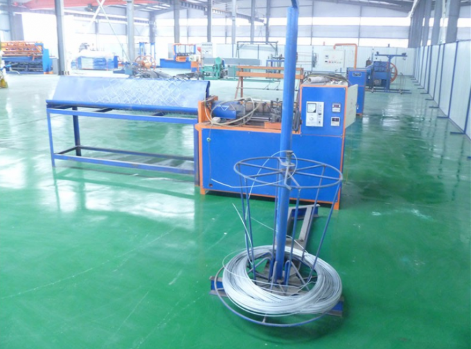 Semi Automatic Chain Link Fencing Machine / Fencing Net Making Machine