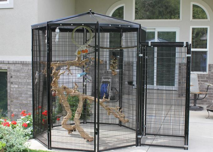 Customized Large Outdoor Bird Aviary 8' Hexagon Cheek'S 3.2mm Wire Dia