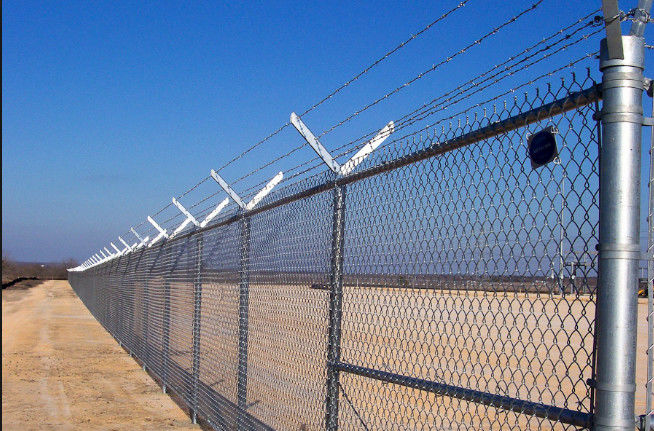 Chain Link Fence Top With Barbed Wire Or Razor Wire In High Security